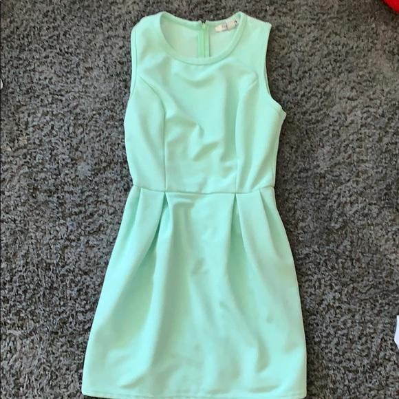 Forever 21 Dresses & Skirts - Mint dress